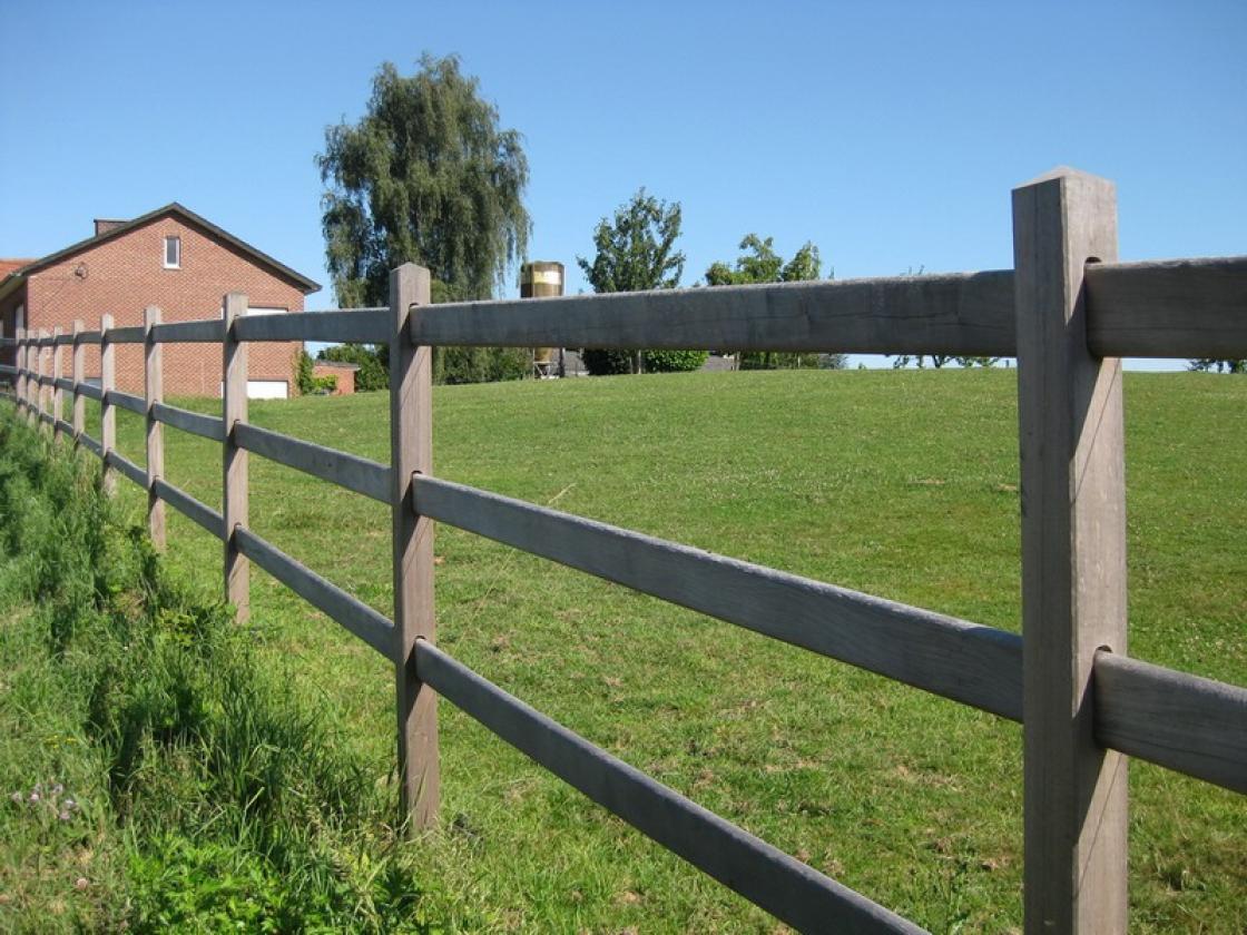 Een paardenomheining kan volledig op maat gemaakt worden.