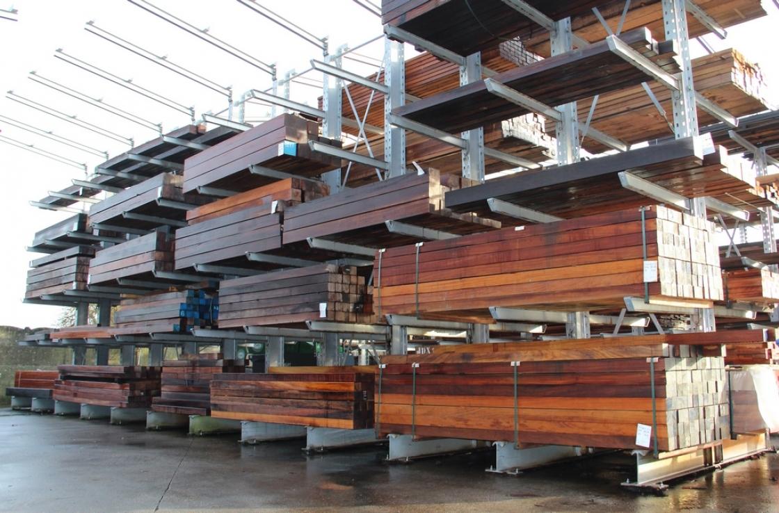 Jadimex heeft meer dan voldoende hout op voorraad