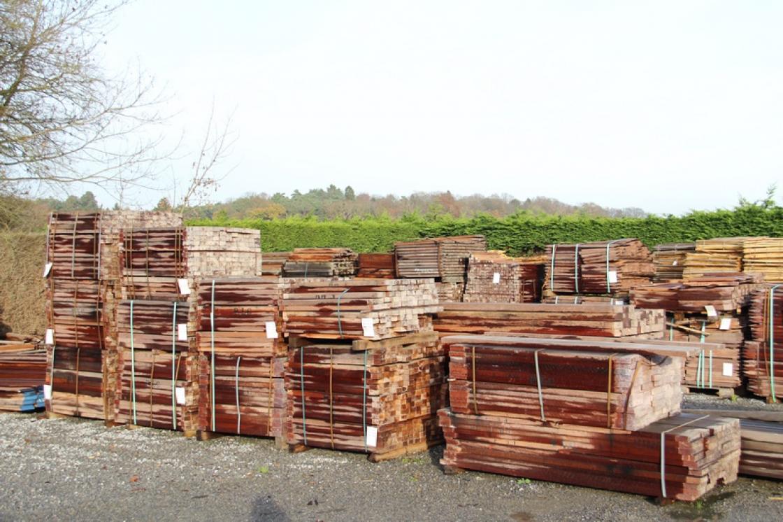 Jadimex, hardwood wholesaler, will be happy to help you.